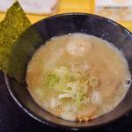らー麺 鉄山靠 - 濃厚とんこつ醤油(750円)