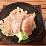 スター餃子 - ネギ塩豚バラ餃子6ケ 550円