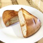 クスクス -  本日の煮込みのセットのパン