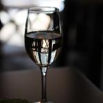 もうひとつの時間 - ドリンク写真:グラスワイン