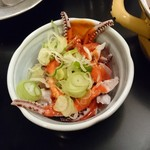 若松屋 - 〇ゲソの酢の物=赤い酢味噌300円