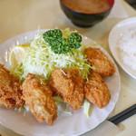 グリルおおくぼ - カキフライ定食 ¥1,055