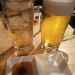 神戸餃子 樂 - タレは味噌ダレと塩