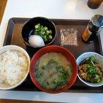 すき家 盛岡青山店 - まぜのっけごはん朝食(ご飯ミニ・しじみ汁変更)
