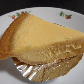 ガトーよこはま - 料理写真:チーズケーキ375円