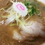 拉麺 大公 - チャーシュー、なると、白髪ネギ(小田急新宿店「うまいものめぐり」)