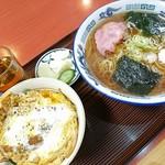 松屋そば店 - ラーメンとミニカツ丼セット、840円