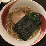 81839776 - 天津丼+半ラーメン ¥950 の半ラーメン