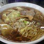 福一 - 料理写真:ワンタン麺大盛り