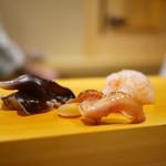 鮨 あらい - トリ貝、赤貝紐、牡丹海老
