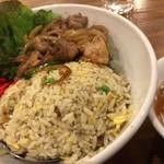 龍王 - 豚焼肉の炒飯丼 大盛り