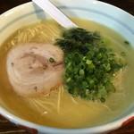まる玉 - 料理写真:「まる玉らーめん」700円也。税込。