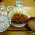 とんかつ いちかつ - ロースかつ定食¥690-