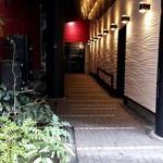 小楠国 - ビルの東側の入口