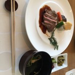 美先 - 焼き物とおひつ御膳とお吸い物
