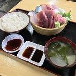81864976 - タカマル鮮魚店(新宿区西新宿)タカマル定食 1,000円