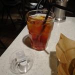 J.S. BURGERS CAFE - JSブレンドティー