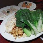 中国料理 福縁 - 茸と野菜の盛り合わせ・海老団子・魚団子・白身魚
