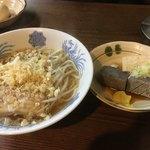 鯉丹後 - たぬきラーメン600円 こんにゃく 豆腐 酒飲みが好きなもんばっかしやん!