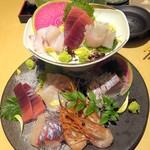 81877267 - 目利きが厳選した鮮魚7種¥2500