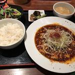 GoGoパクチー - 四川麻婆豆腐定食950円(税込)