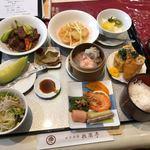 桃園亭 - 料理写真:松定食 2,160円
