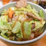 仁仙 - 料理写真:肉丼(中華スープ付き)