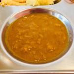 シタール - 豆のカレーのアップ