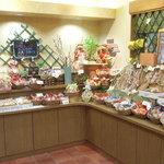メルシーノグチ - 自家製の焼き菓子、クッキー、カステラなどいろいろ選べます。