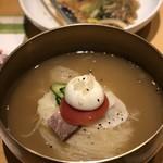81901960 - 水冷麺