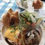 PETER RABBIT Garden cafe -