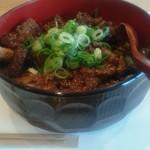 萌え木 - 料理写真:牛スジ丼