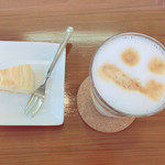 FEATHER  COFFEE - 料理写真: