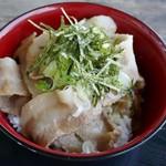 道の駅おおた ケータリングカービレッジ - 料理写真:ブタ丼(並)500円