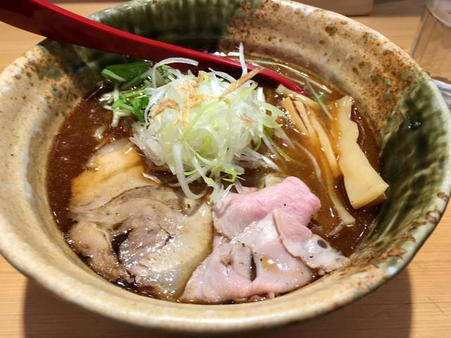焼きあご塩らー麺 たかはし 新宿本店>