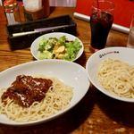 トスカーナ - 日本一おいしいミートソース 990円(税別) 日本一おいしいミートソースのっけ麺 990円(税別) + サラダドリンク 380円