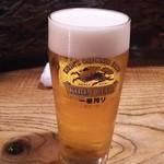 81914354 - 待っている間に生ビール