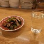 81914660 - 小松菜の煮浸しと熱燗