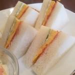 煎豆茶館 杣 - 玉子焼きが挟まっているサンドウィッチ大好きなんですよね~