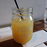 イル・ピッツァイオーロ - オレンジジュース