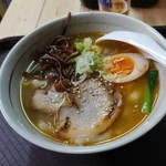 釜聖 麺屋 - 料理写真:豚しおラーメン・刀削麺