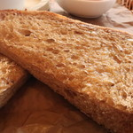 アージョ - ライ麦のトースト