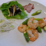 揚子江 - 海老とアスパラの炒め(表現は不正確)のランチ