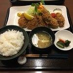 81924072 - カキフライとひれカツ(2200円)