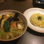SOUP CURRY KING セントラル - ラム野菜スープカレーにライス並盛り
