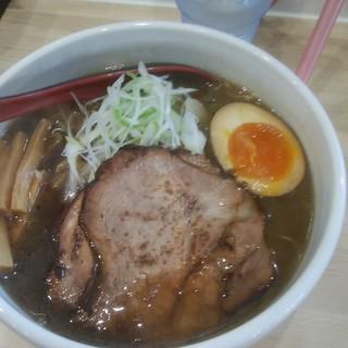 らーめん縁 - 料理写真:えにし醤油800円