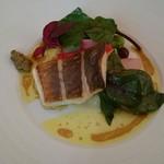 81926153 - 魚料理:マナガツオのポワレ カレー風味