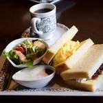 元町珈琲 愛知大口の離れ - 料理写真:サンドイッチモーニング