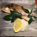 魚匠 銀平 - 焼魚御膳(鯛の切り身)