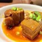 李湘潭 湘菜館 - 日替ランチに追加で+角煮2個
